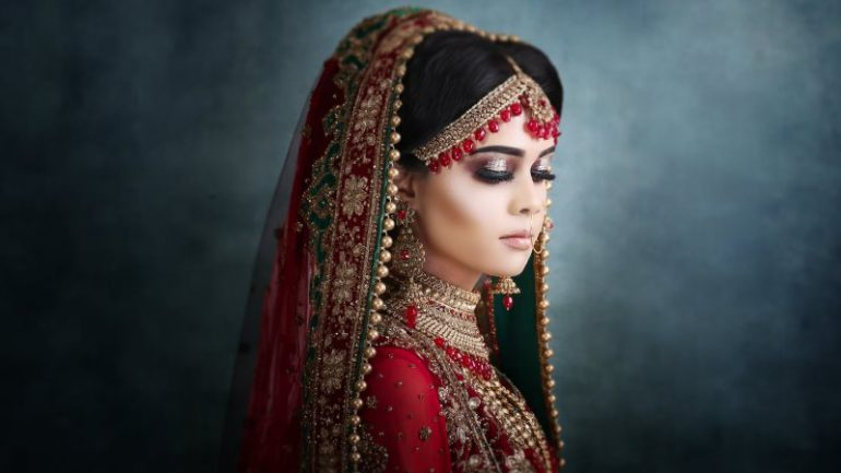 Asian Wedding Makeup: Be the Ultimate Star with Asian Bridal Makeup