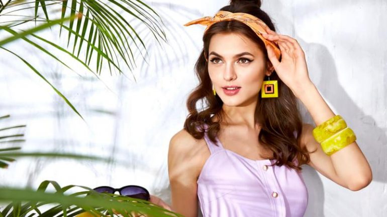 Stay Gorgeous with These Summer Makeup Tips